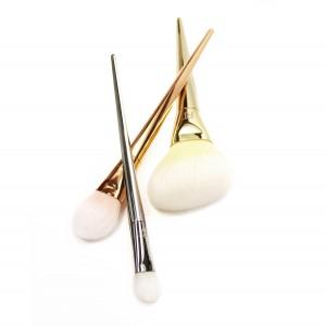 Bold Metals 1472-essentials-set-out_sm