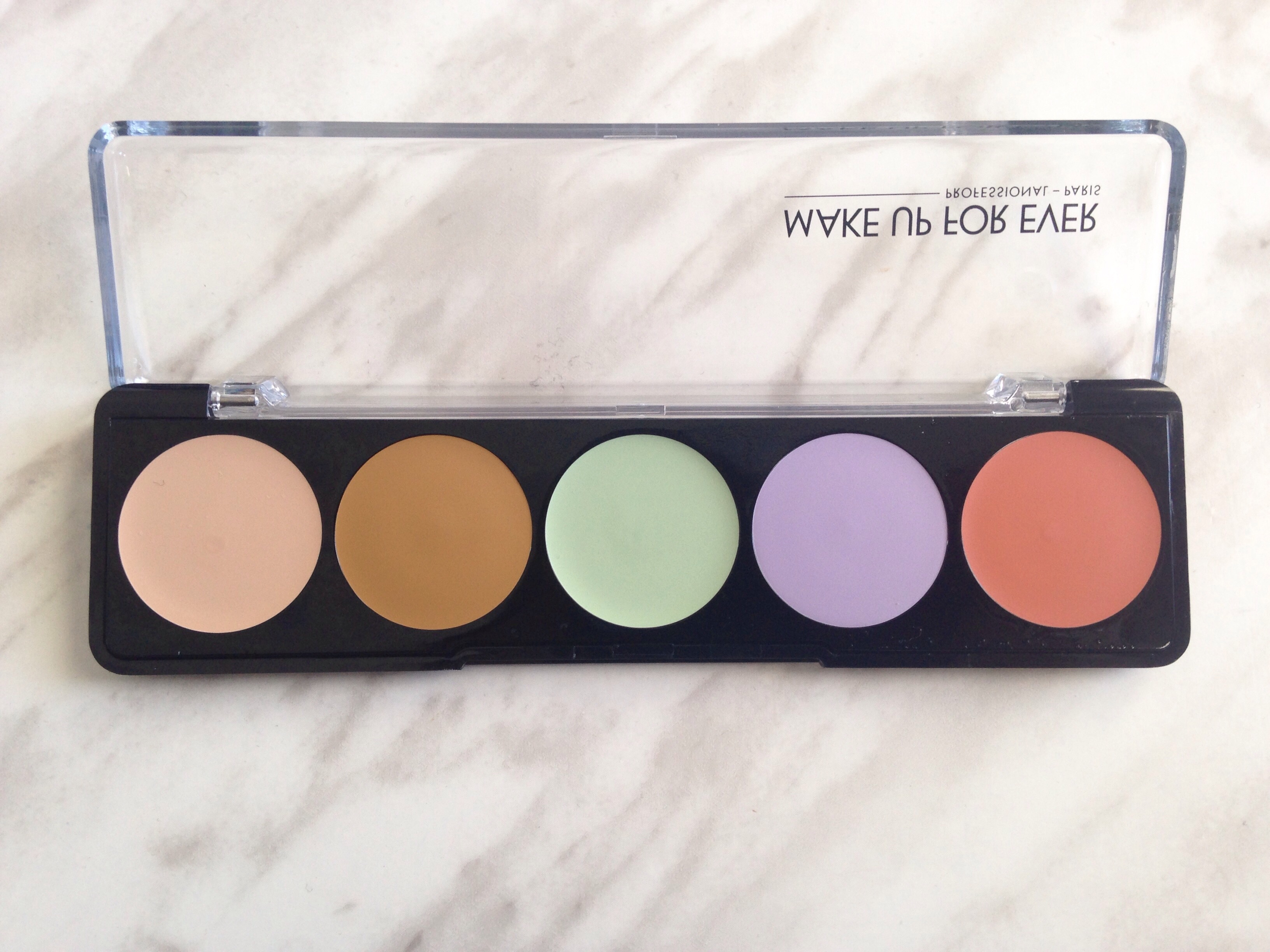 Up Forever 5 Camouflage Cream Palette
