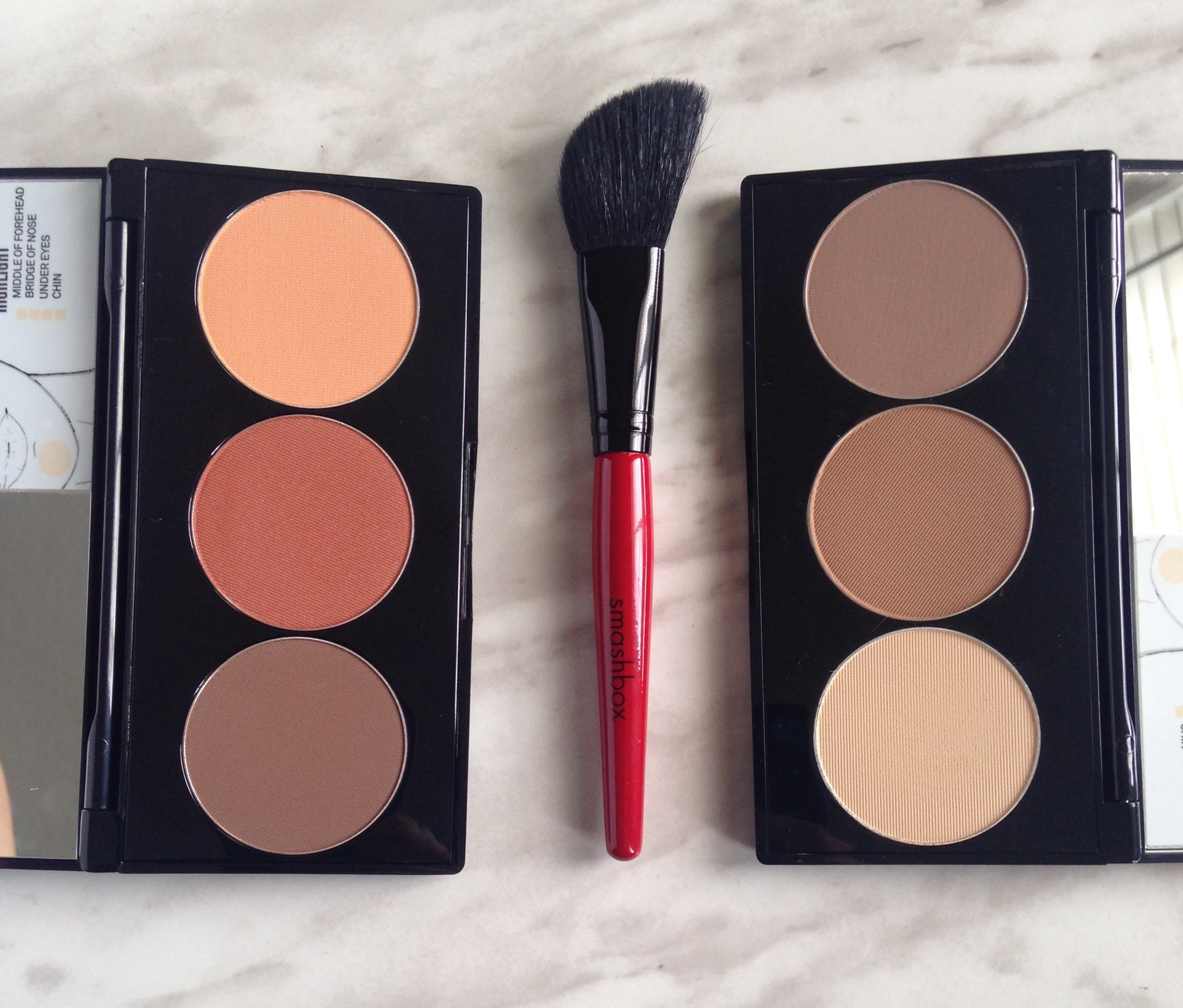 The Smashbox Step By Step Contour Palette Contains What Is Believed To Be  Everything You Need To Sculpt Your Whole Face A 6 Inch Palette Houses 3  Generous